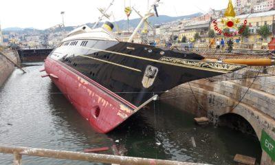 Barca porto vigili fuoco