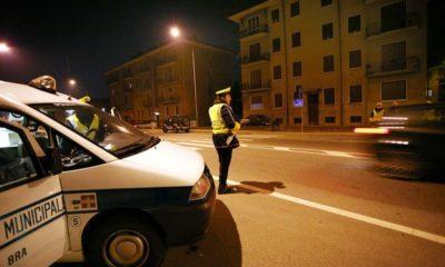 Furgone non si ferma all'alt della Polizia Municipale
