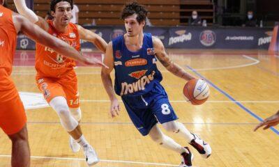 Luca Valentini, play della JB Monferrato, in azione durante il match di Supercoppa A2 2020, contro il Derthona Basket