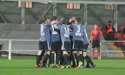 I giocatori dell'Alessandria festeggiano dopo un gol contro il Pontedera, nel match valido per la settima giornata di Serie C 2020/21