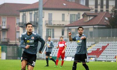 Blondett e Arrighini, dell'Alessandria Calcio, in azione durante la partita contro la Pro Sesto del 20 dicembre 2020