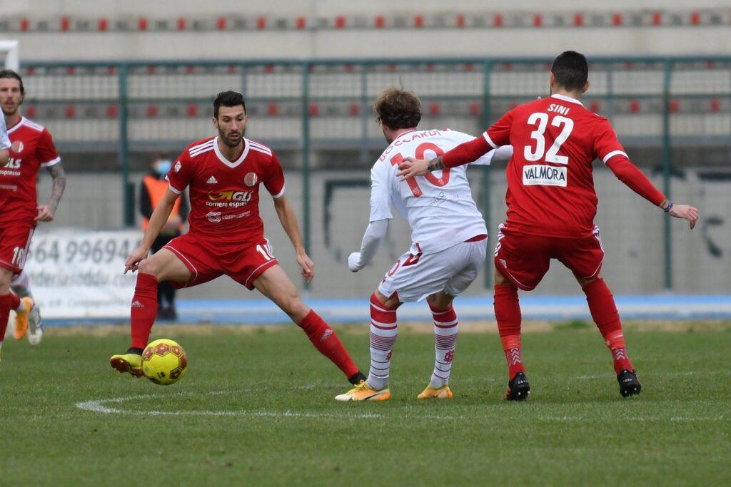 Sini e Di Quinzio dell'Alessandria in azione contro il Grosseto nel match del 17/2/2021