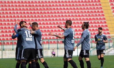 I giocatori dell'Alessandria Calcio festeggiano dopo un gol nel match contro la Lucchese del 28 marzo 2021